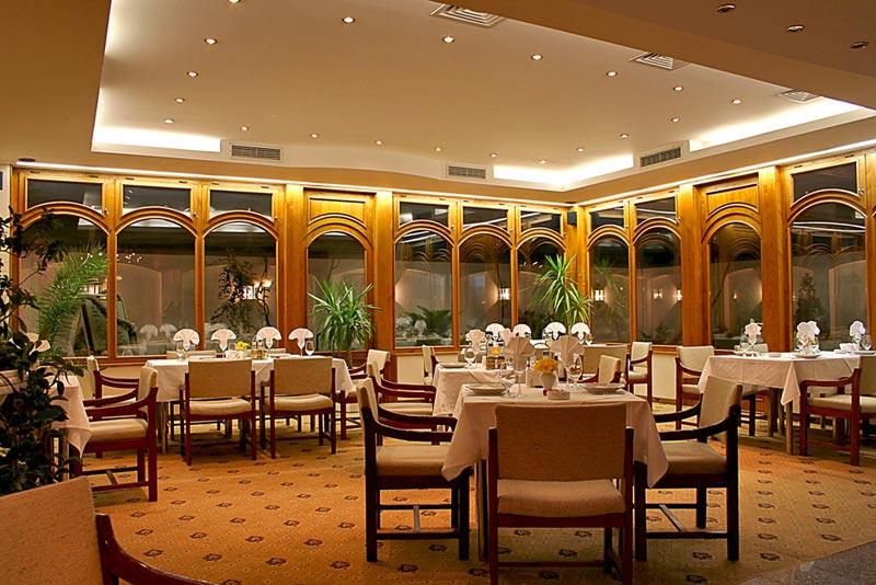 Hotels in sofia geneva hotel in sofia sofia hotels for Design hotel 16 geneva